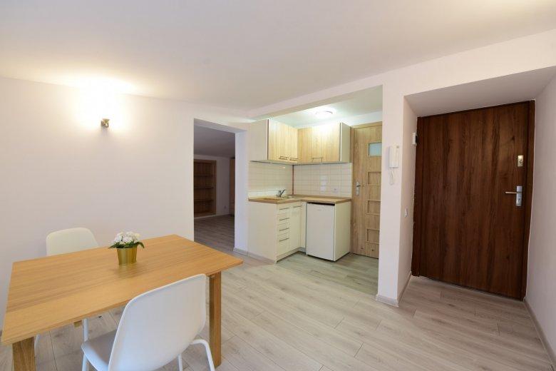 Inwestycja w Centrum Poznania. 2 mieszkania.